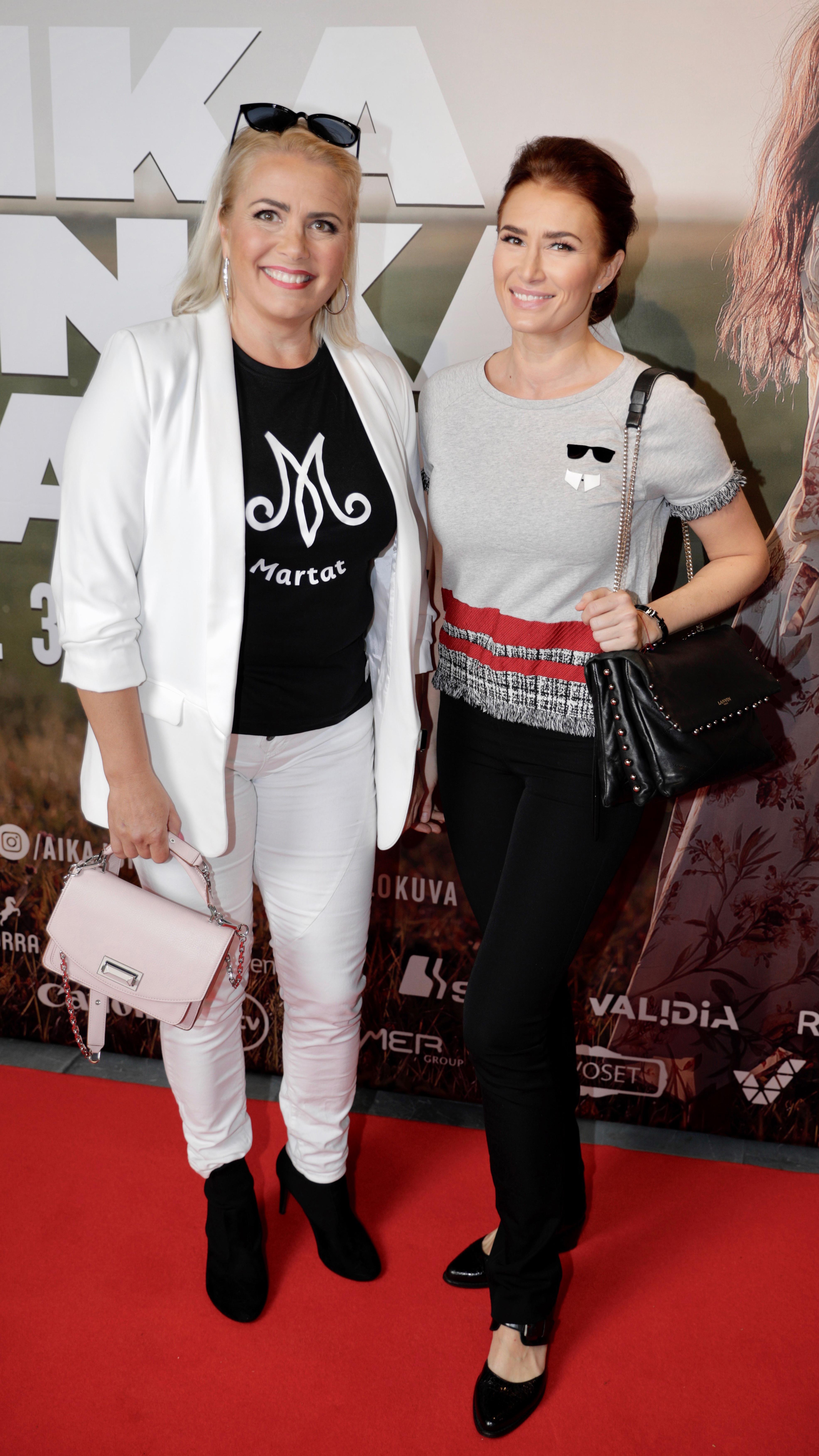 Kaisa Liski ja tytär Amanda Kallio vierailivat Aika jonka sain -elokuvan uusintaensi-illassa.