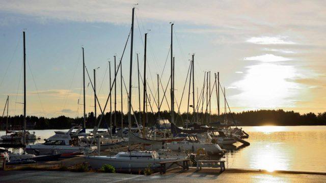 Pietarsaari on perinteinen merenkulkukaupunki, jossa valmistetaan kuuluisat Swan-veneet.