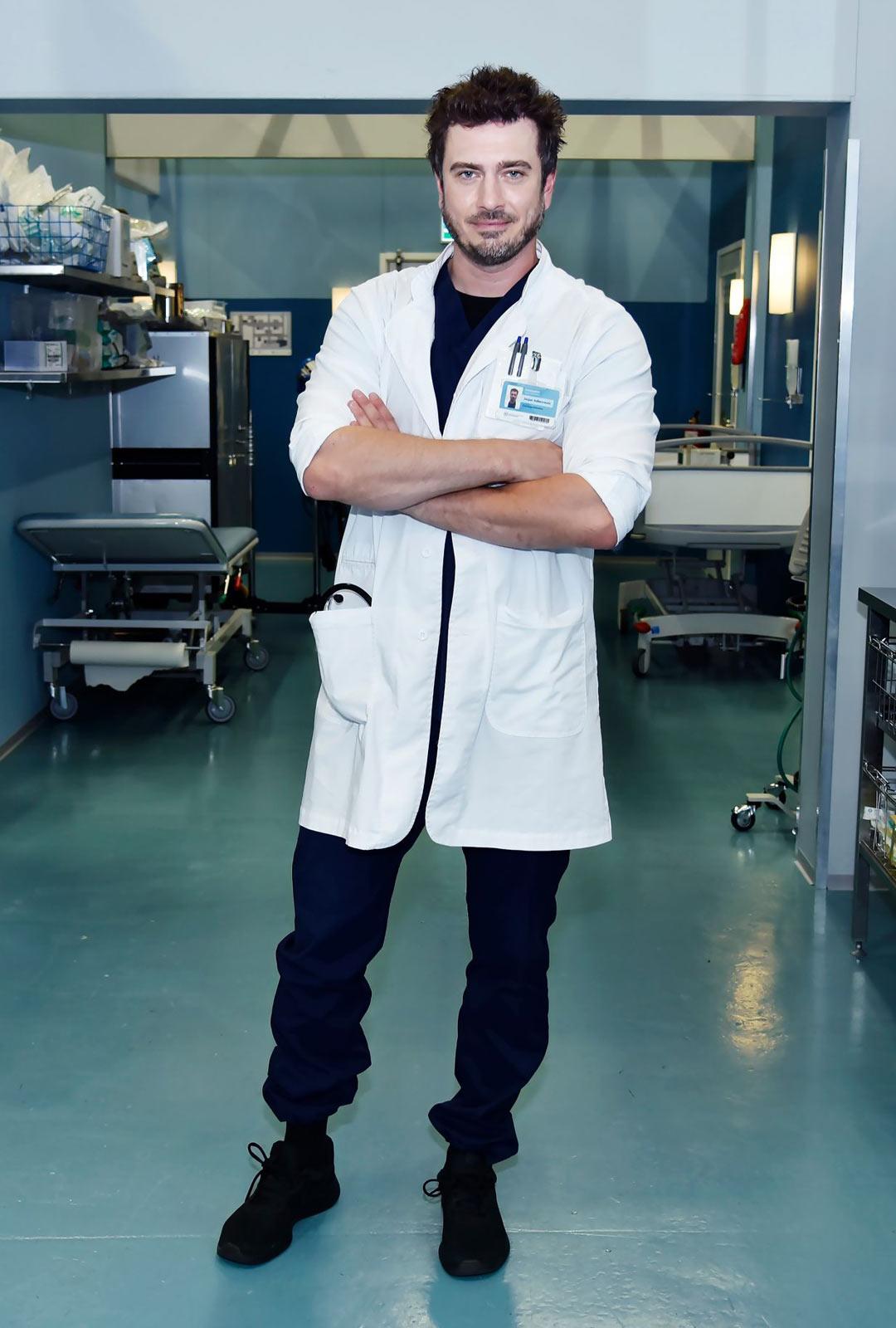 Näyttelijä Sebastian Rejman.