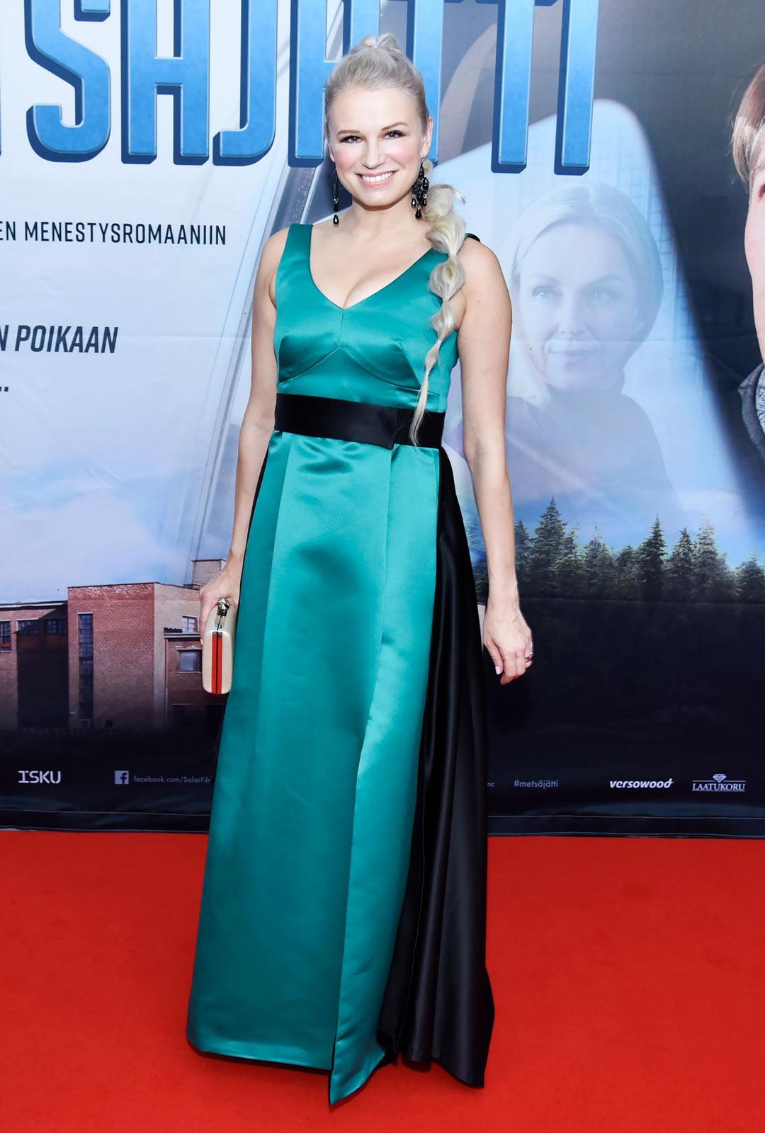 Laulaja-näyttelijä Reeta Vestman oli koronan takia työttömänä viisi kuukautta.