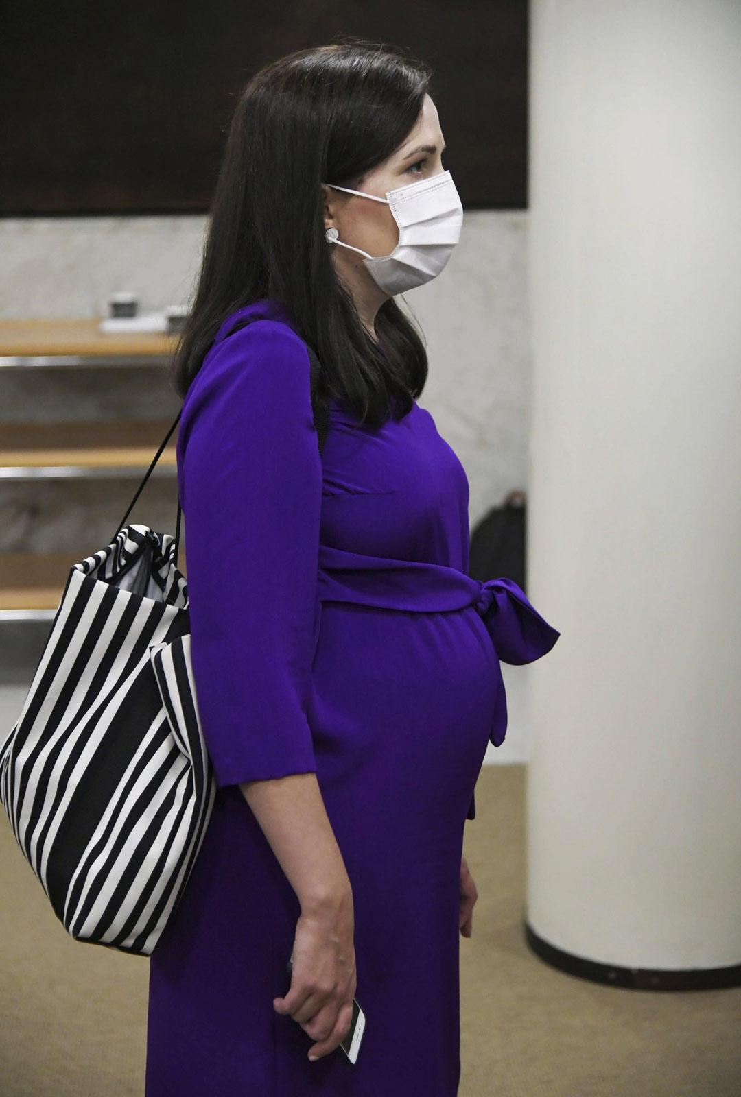 Kolmannen kauden edustaja Sanni Grahn-Laasonen odottaa toista lastaan. Esikoisensa hän sai ensimmäisellä vaalikaudellaan.
