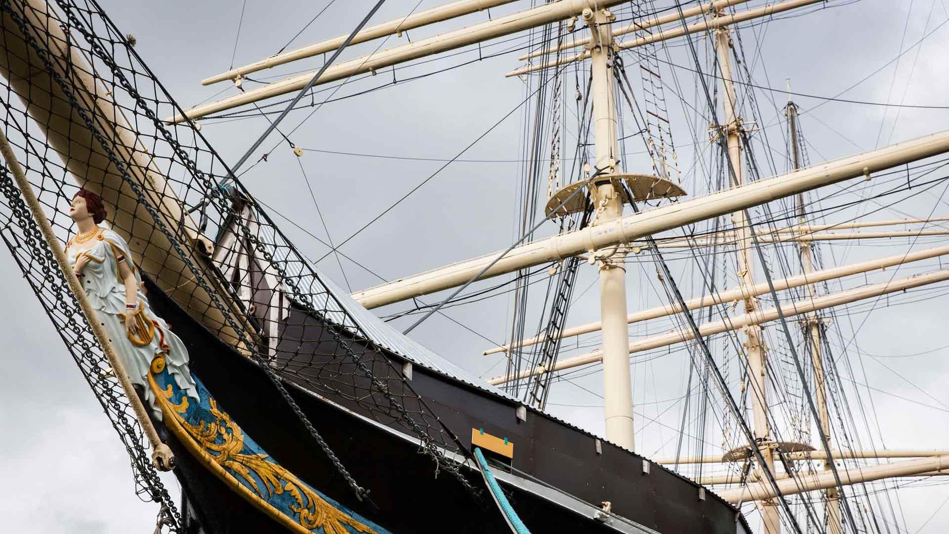 Museolaiva Pommernin uumenissa voi kokea todentuntuisen myrskyn, jos ulkona ei puhalla riittävästi. Audiovisuaalinen esitys kertoo merimatkasta Kap Hornilla.