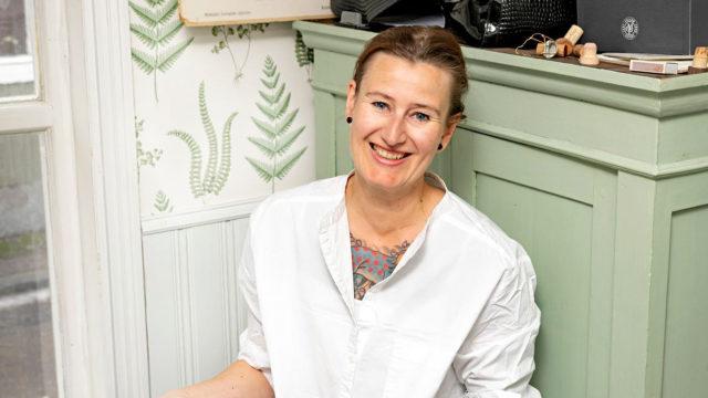 Heidi Nyblom Kuorikosken mielestä kotiravintolan pidossa hauskinta on ihmisten kohtaaminen.