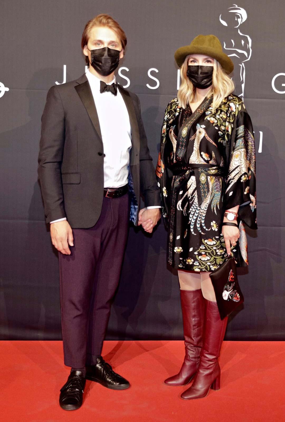 Miia Tervo puolisonsa Markus Lehmuskosken kanssa.