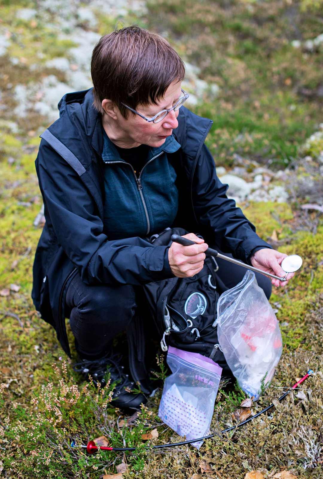Kokeneena geokätköilijänä Virpi Reunanen on joskus löytänyt kätkön ilman, että on sitä koordinaattien avulla etsinyt.