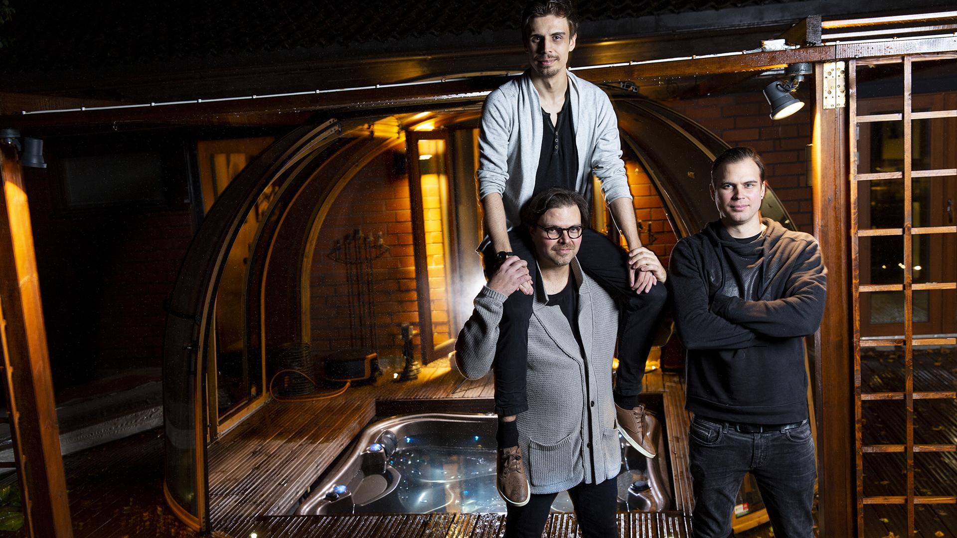 Joni, Jesse ja Jimi Hietanen tekivät yhdessä Animal-musiikkivideon.