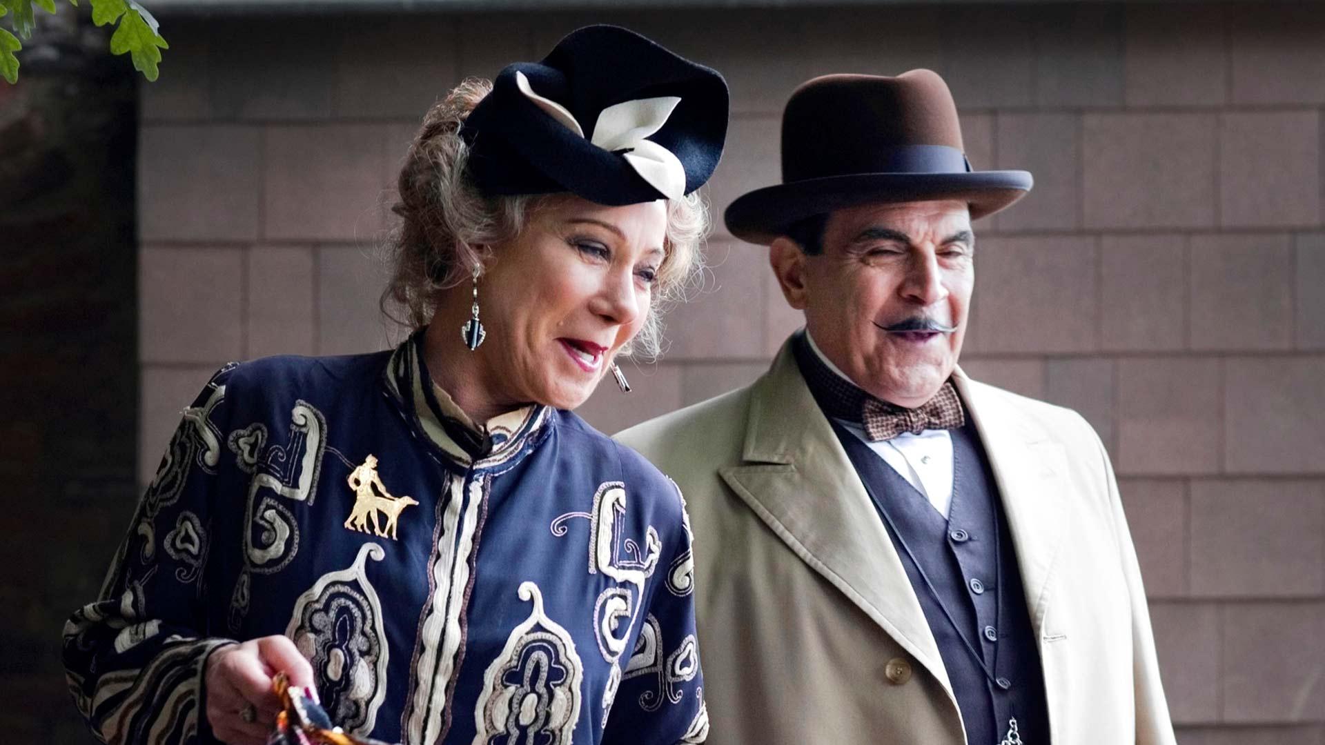 Uusimmissa Poirot-televisiosarjoissa dekkarikirjailija Ariadne Oliveria esitti Zoe Wanamaker.