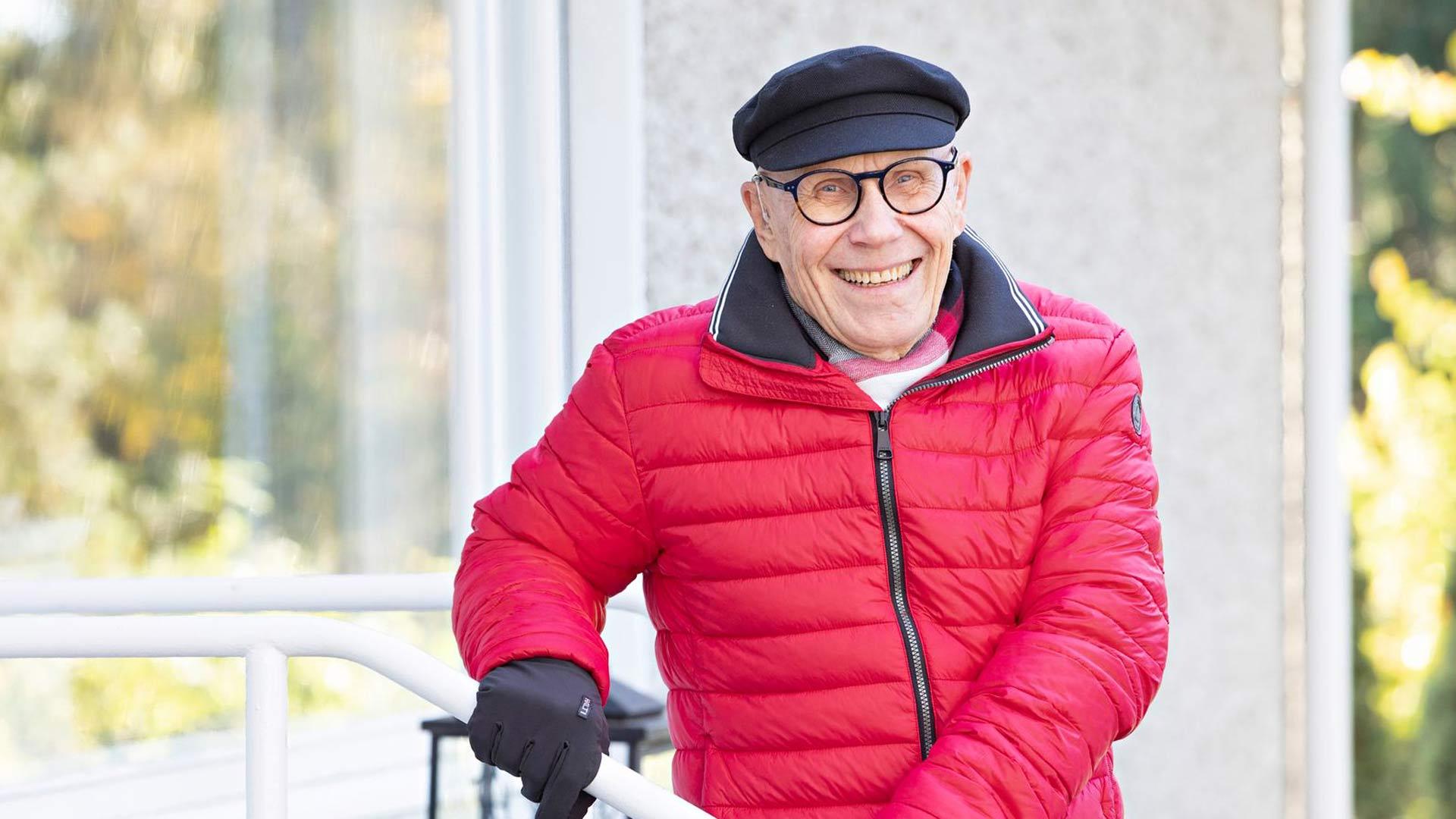 """""""Kukaan ei osannut pitkään aikaan epäillä, että murtumani johtuisivat osteoporoosista. Sitä pidettiin vanhojen naisten tautina"""", Jouko Numminen muistelee."""