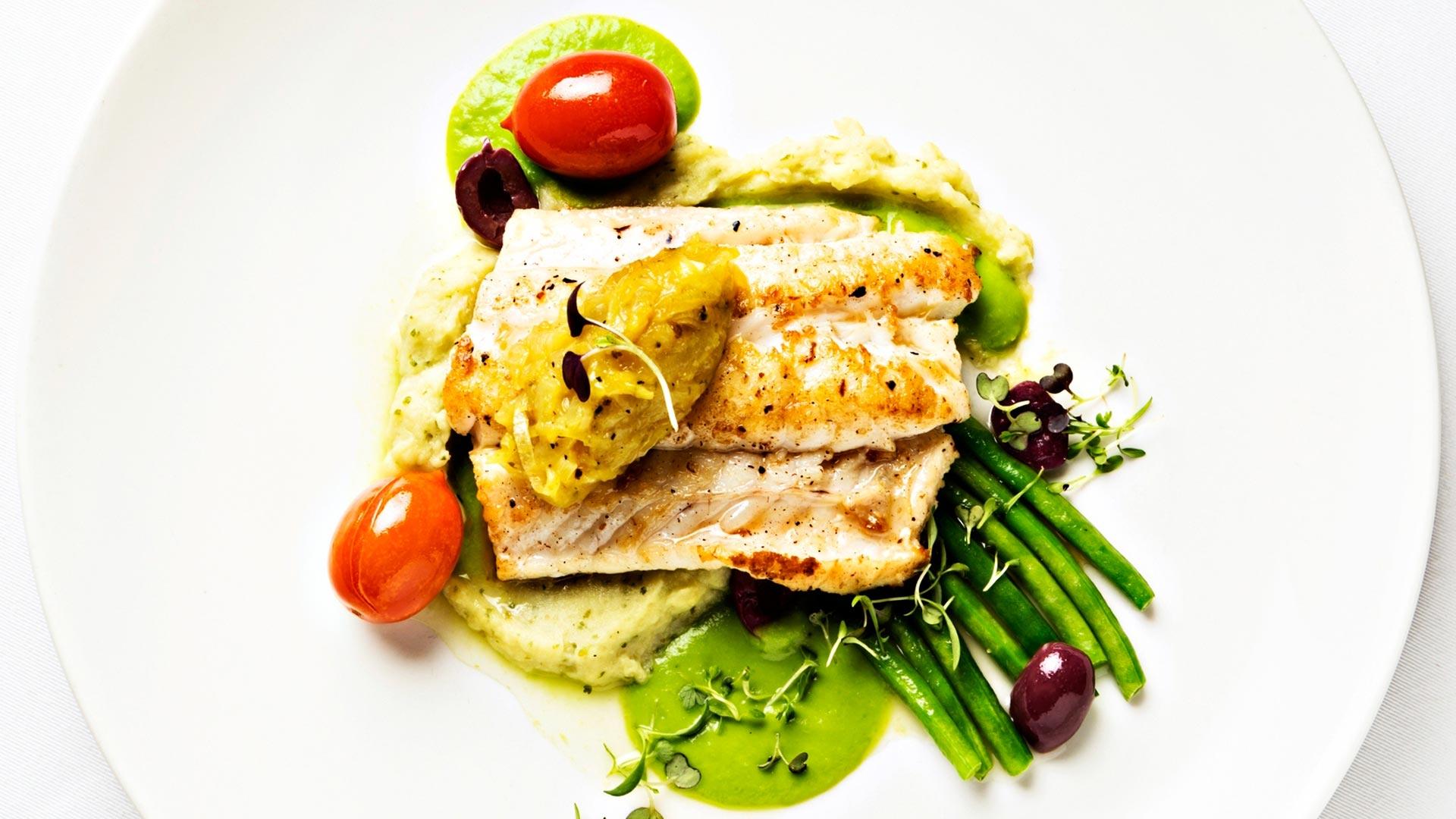 Tarkista, onko ruokavaliossasi tarpeeksi proteiinia: rahkavälipaloja, maitolasillisia, palkokasveja, kalaa, kanaa ja tofua.