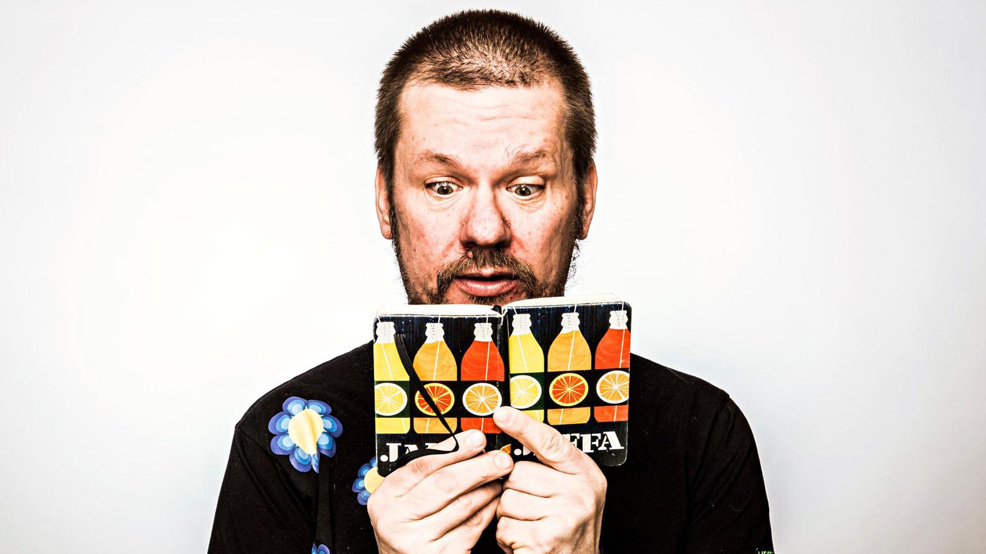 Stand up -koomikko Risto K. Järvinen kirjoittaa päiväkirjaa nykyään noin kolmen vuoden välein.