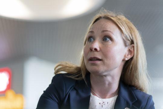 Tornionlaakson neuvoston toiminnanjohtaja Tuula Ajanki asuu Torniossa ja työskentelee Haaparannassa.