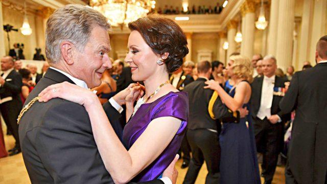 Presidentti Sauli Niinistö ja rouva Jenni Haukio kutsuvat suomalaiset seuraamaan itsenäisyyspäivän tunnelmaa paitsi Linnassa, myös muualla Suomessa.
