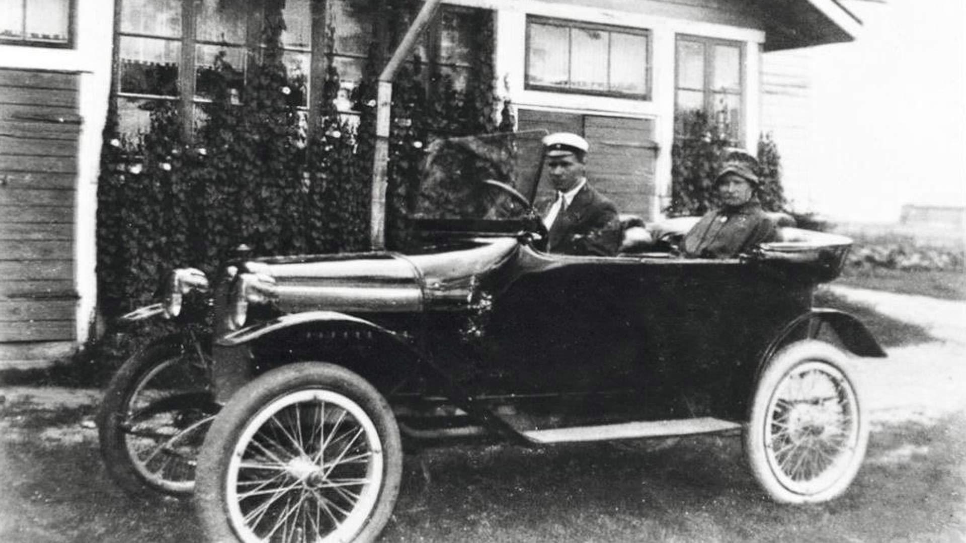 Agnes Sjöberg hankki saksalaisen Wandererin vuonna 1920, jolloin auto oli vielä harvinaisuus Suomessa. Sjöberg luopui autosta muutaman vuoden kuluttua, koska sitä pystyi käyttämään vain kesäisin.