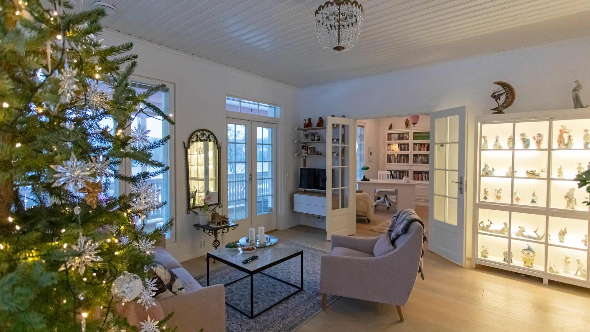 Armi osaa arvostaa kotiaan, jossa lähes kaikilla huonekaluilla ja esineillä on oma tarinansa.