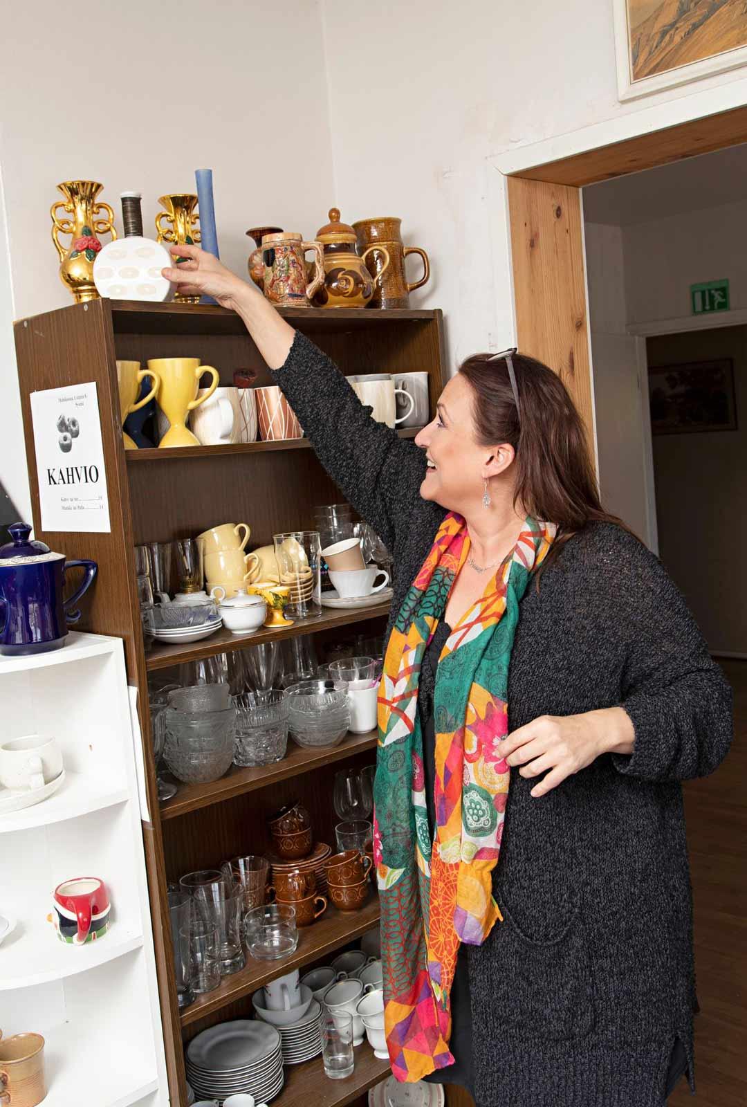 Tiukka budjetti on opettanut Rinna Paatsoa tarkkailemaan hintoja myös kirpputoreilla. Hän on huomannut, että hintataso saattaa vaihdella paljonkin eri paikoissa.