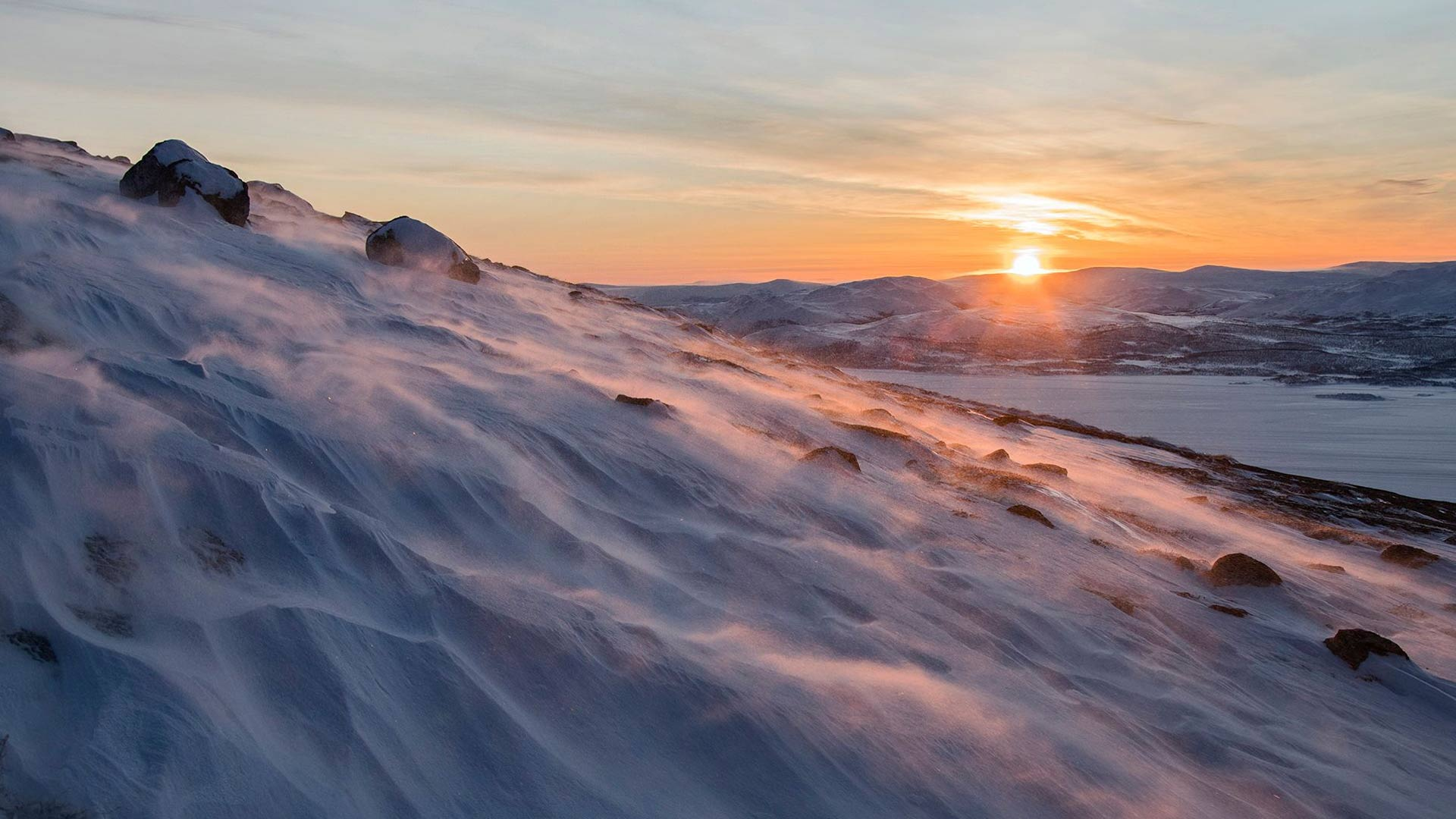 Laakeapäinen 1 029 metriä korkea Saana on Suomen tunnetuimpia tuntureita.