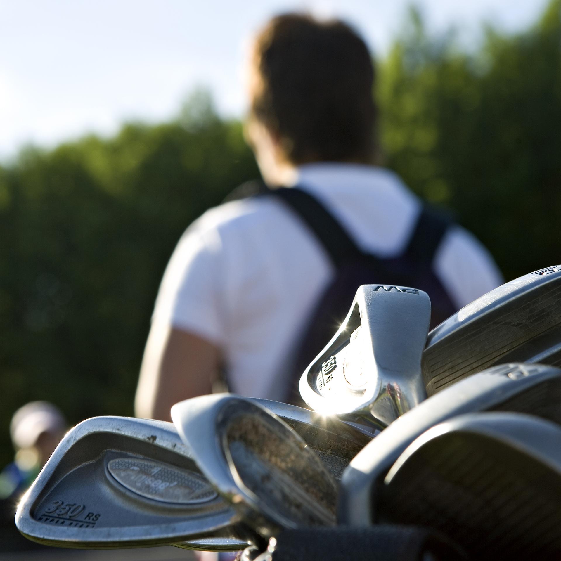 golf houkutteli nuoria pelaajia