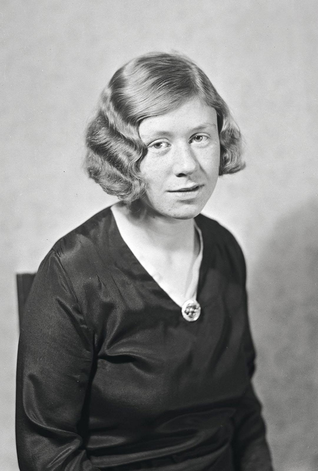 """Näin kirjoitti Saima Harmaja sairaalassa 1931: """"Minun selkäni takana yskii/kuoleva ihminen./Minä en ole kuollut vielä,/minä elän ja vapisen."""""""
