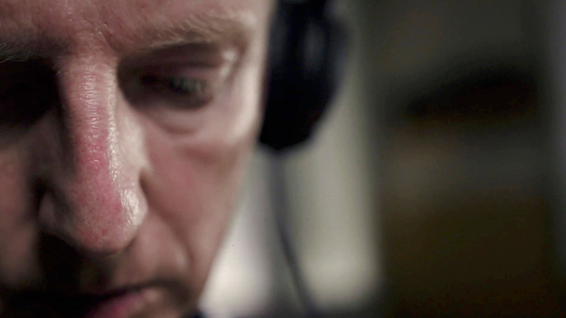 Sukellusvenemurhaaja: Salatut puhelinkeskustelut