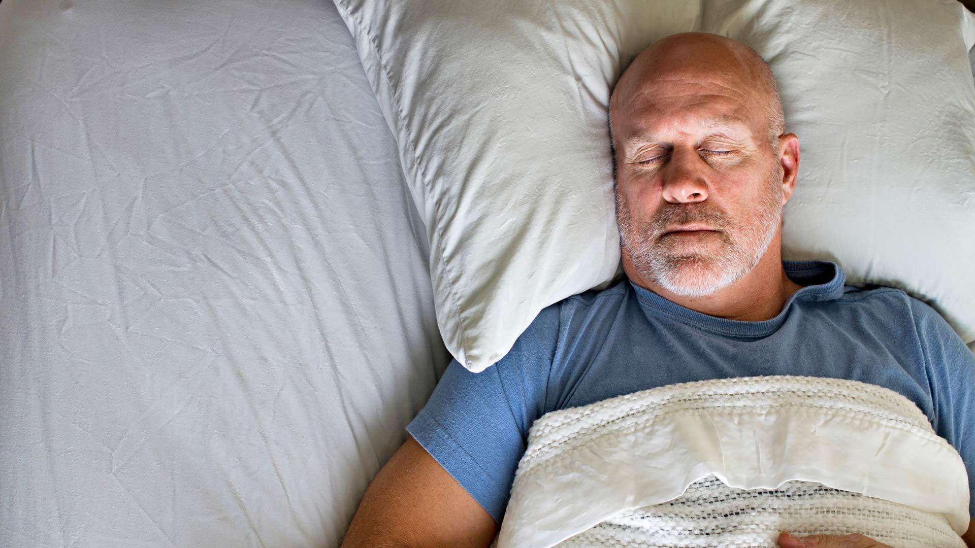 Unettomuus voi nostaa verenpainetta.