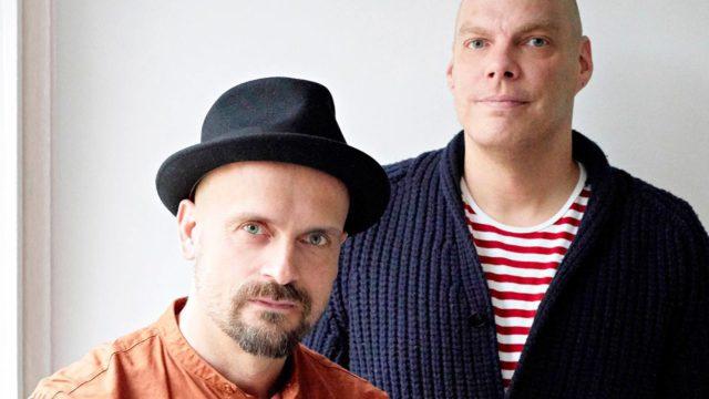 Tunti tunnilta tuntien -kirja on psykoterapeutti Antti Ervastin ja kuvittaja Matti Pikkujämsän yhteisprojekti.