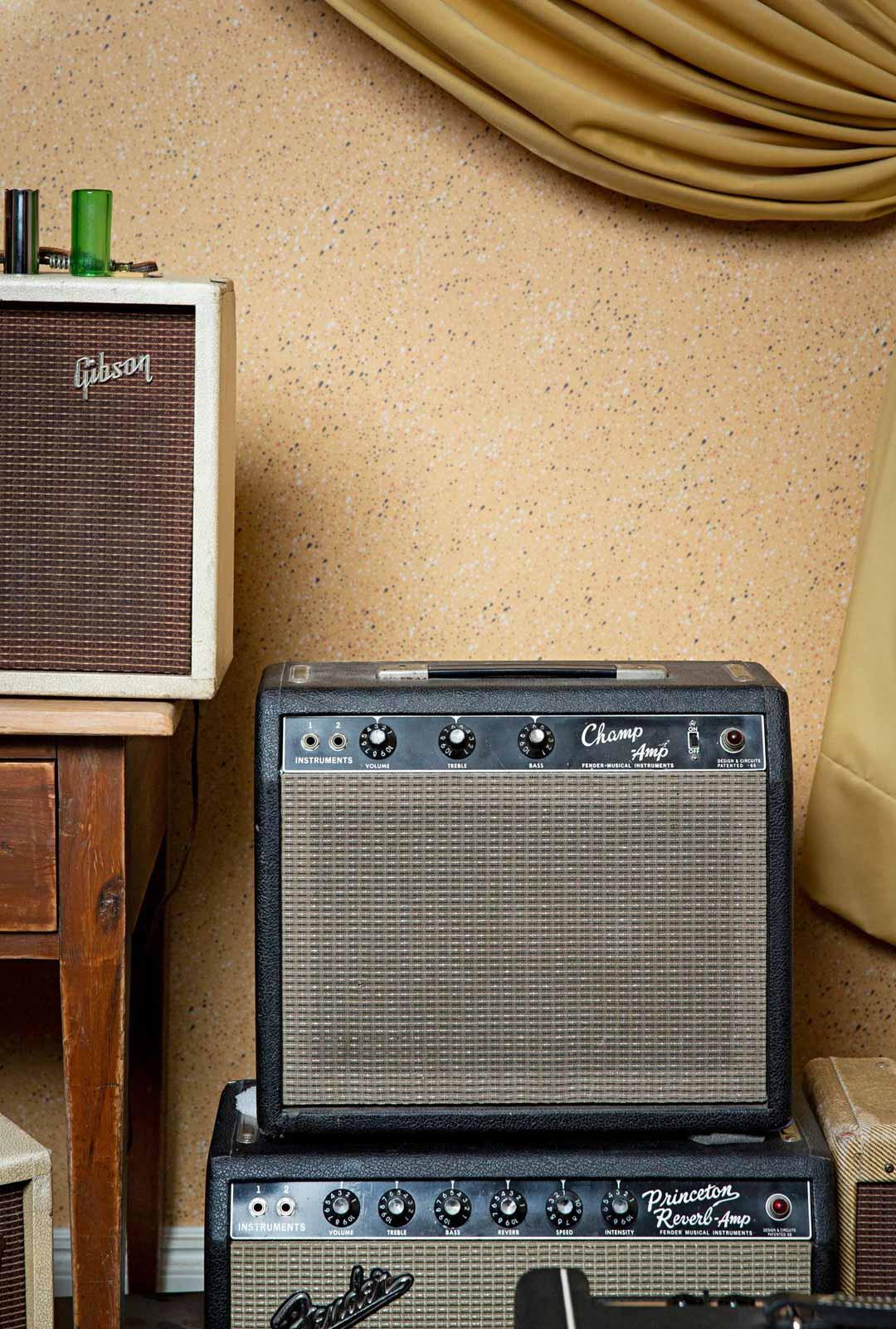 Harva esine kestää toimintakunnossa 60 vuotta, kuten vanhat laatuvahvistimet Gibson Skylark (vas.) ja Fender Champ.