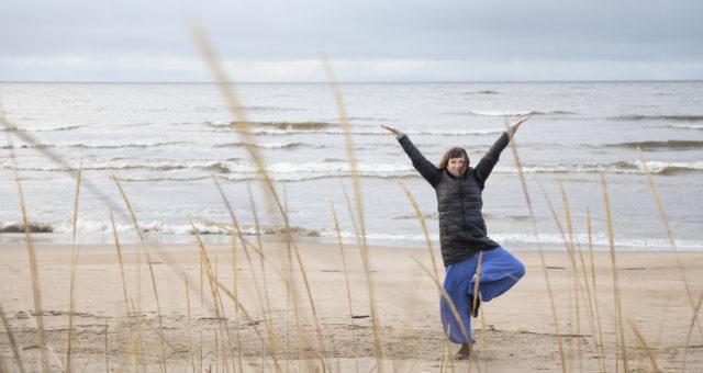 Personal trainer ja joogaohjaaja Jaana Heiskanen kertoo, että elämänmuutos kannattaa tehdä yksi asia kerrallaan.