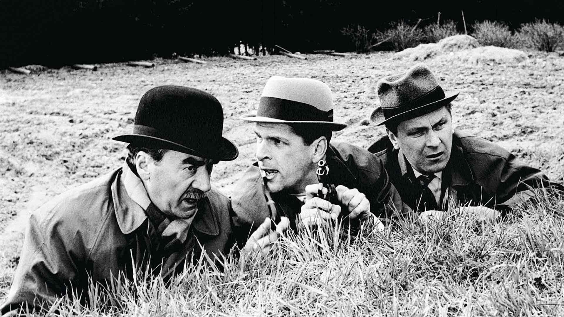 Tähdet kertovat (1962) jäi viimeiseksi mustavalkoiseksi Palmu-leffaksi.