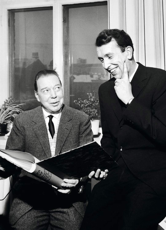 Mika Waltarin ja Matti Kassilan Palmu-hankkeet päättyivät vuosien 1963-1965 näyttelijälakkoon. Kassila kertoo muistelmissaan avoimesti, että työtä vaikeuttivat myös hänen yksityiselämänsä pulmat kuten alkoholismi. Into Palmuihin sammui hetkeksi.