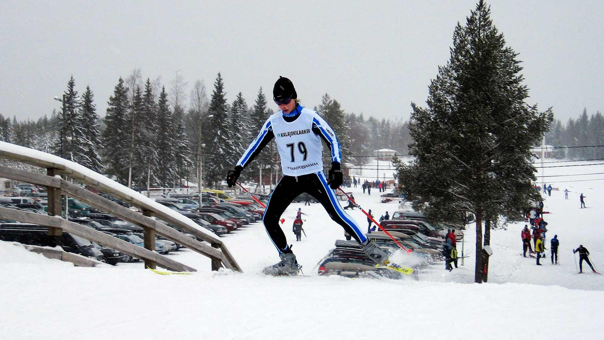 14-vuotiaana Mäki oli saavuttanut jo mukavasti menestystä juniorikisoissa. Kuva Kalajoen kisoista vuodelta 2009.