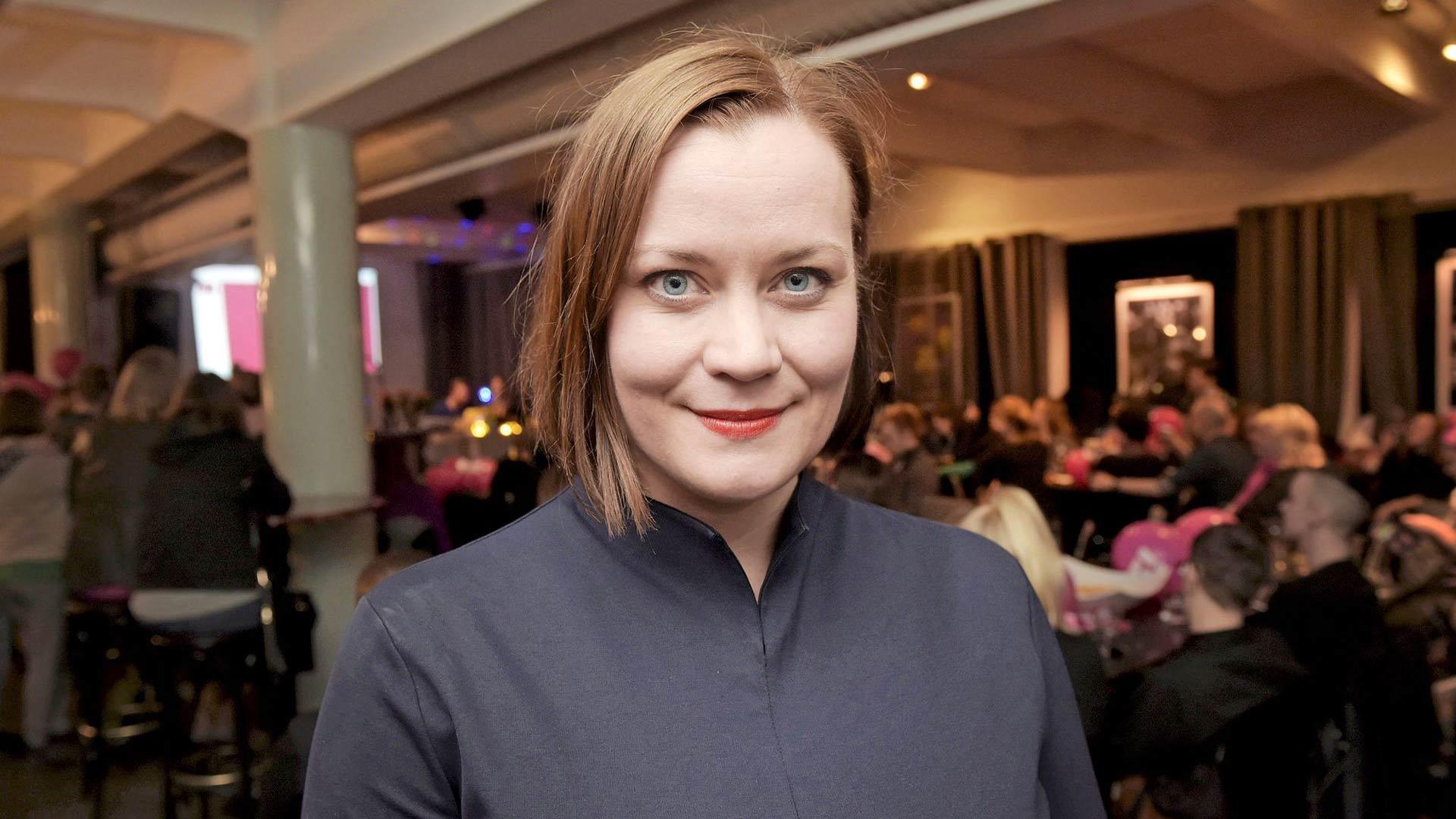 Feministisen puolueen puheenjohtaja Katju Aro ponnisti Helsingin valtuustoon kevään 2017 kuntavaaleissa. Nyt valtuustopaikkoja toivotaan lisää suurissa kaupungeissa.