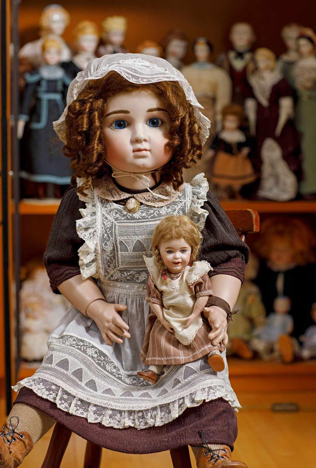 Ranskalaiset Chanelle- ja Bru-nuket Lea on tehnyt vanhojen mallien mukaan.