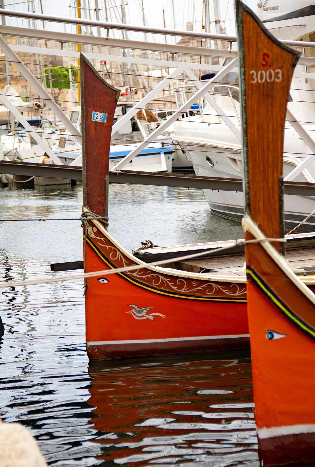 Maltalaisia puuveneitä ovat koristaneet suojelevat silmät aina siitä saakka, kun foinikialaiset toivat tavan sinne noin 1000 eKr.