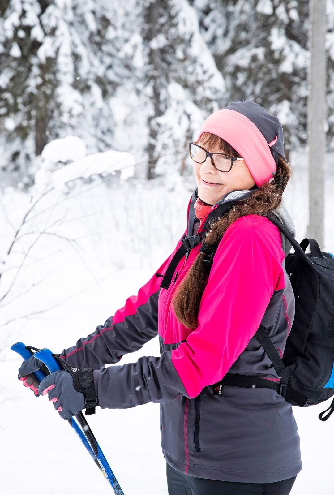 Tuulikki Airaksisen hiihtoreissut Lappiin ovat jääneet väliin, joten hän tuli Kolille.