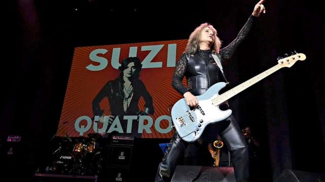 1970-luvulla ensimmäiset kappaleensa julkaissut Suzi Quatro kertoo dokumentissaSuzi Q itse oman tarinansa. Äänessä ovat myös muun muassa Joan Jett ja Debbie Harry.