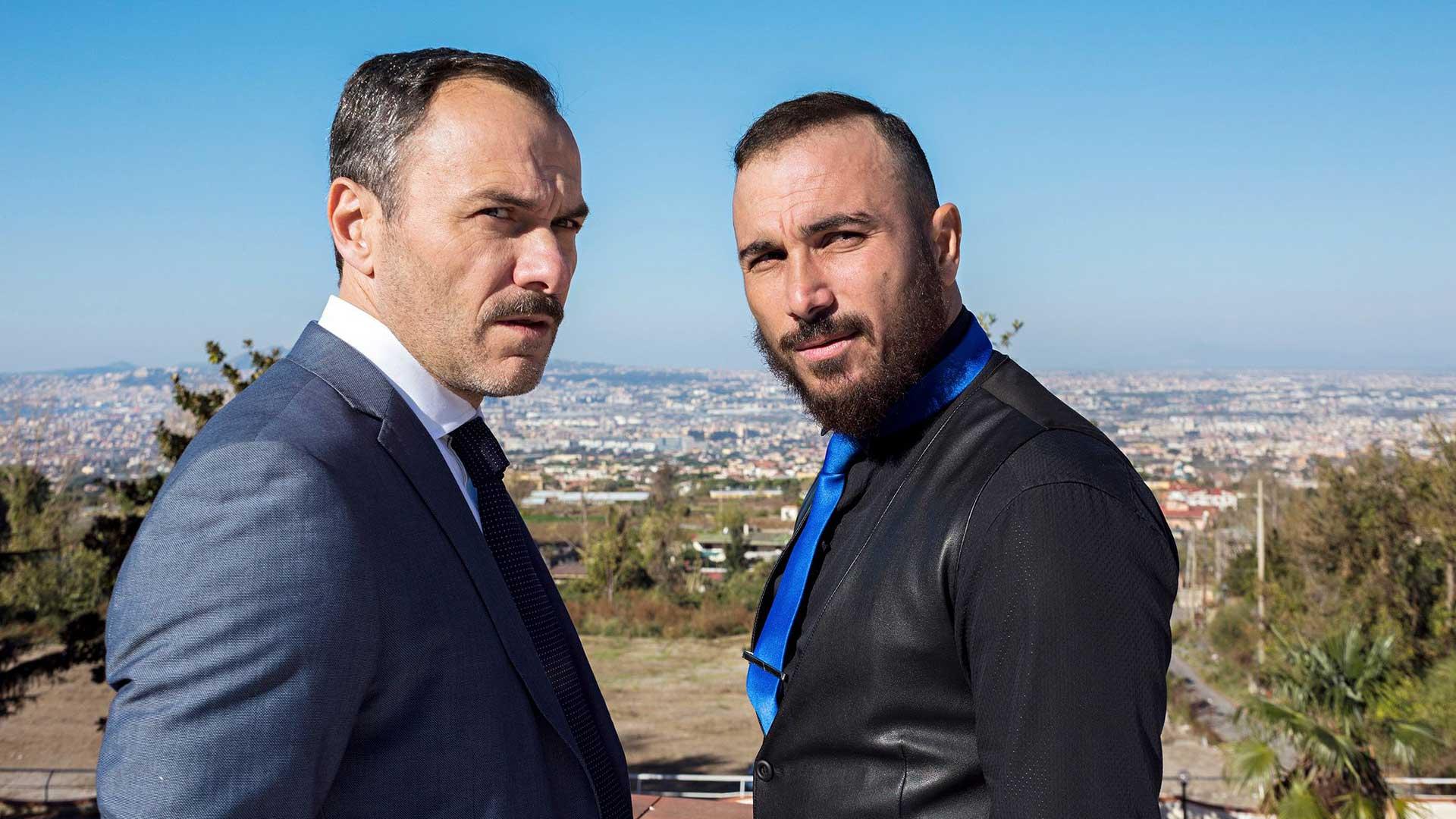 Italialaisen rikosdraaman Rione Sanitàn pormestari päärooleissa nähdään muun muassa Massimiliano Gallo ja Francesco Di Leva.
