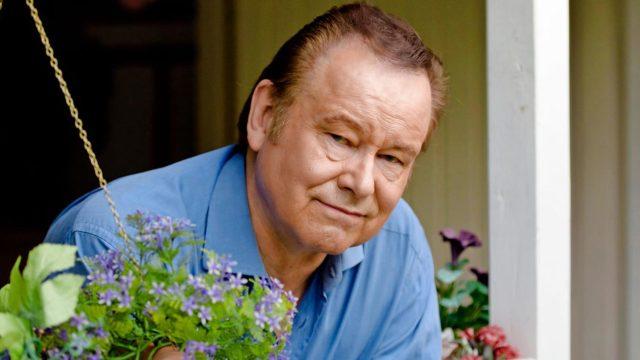 Laulaja Tapani Kansa on syntynyt 9.3.1949. Hyvää syntymäpäivää!