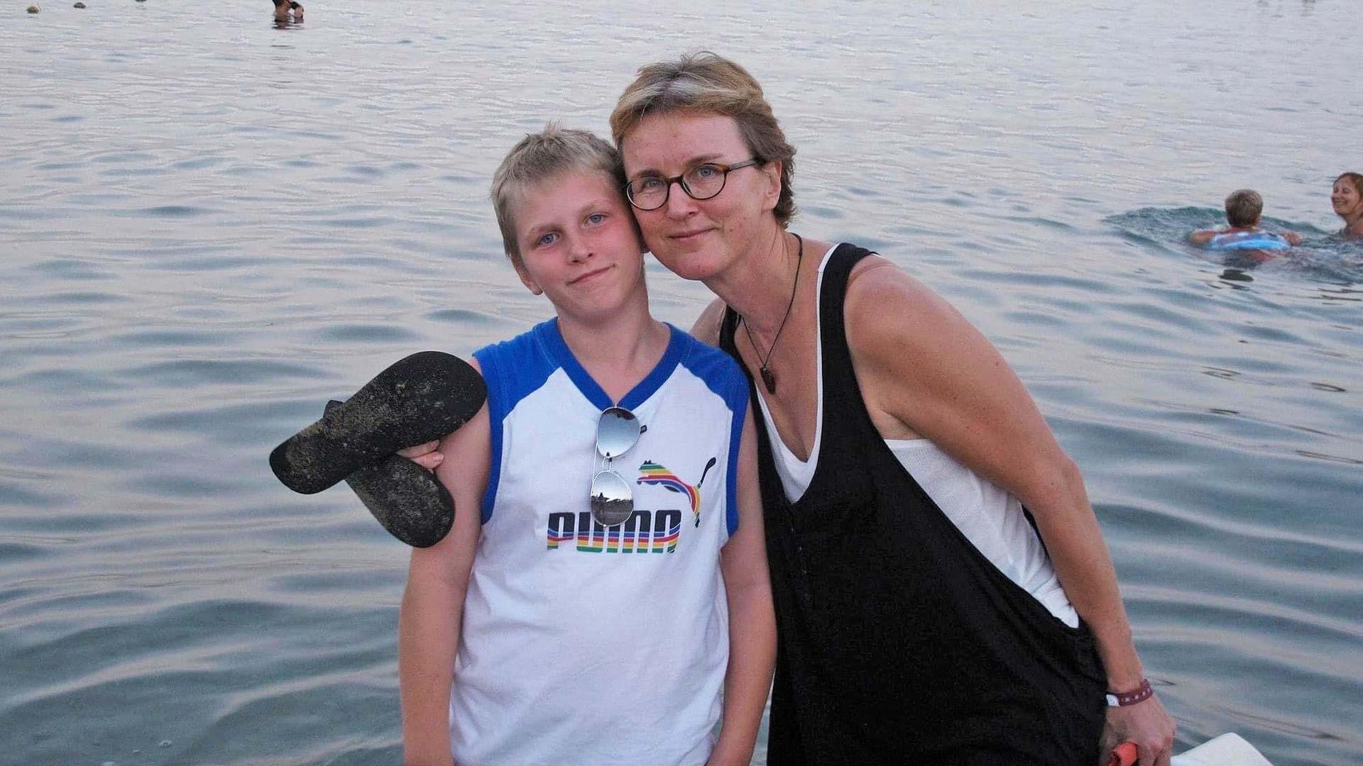 Vuonna 2010 pulikoitiin viikko Punaisessameressä Sharm el-Sheikhissä. Kotona mietittiin muita asioita, mutta matkalla äiti keskittyi minuun.