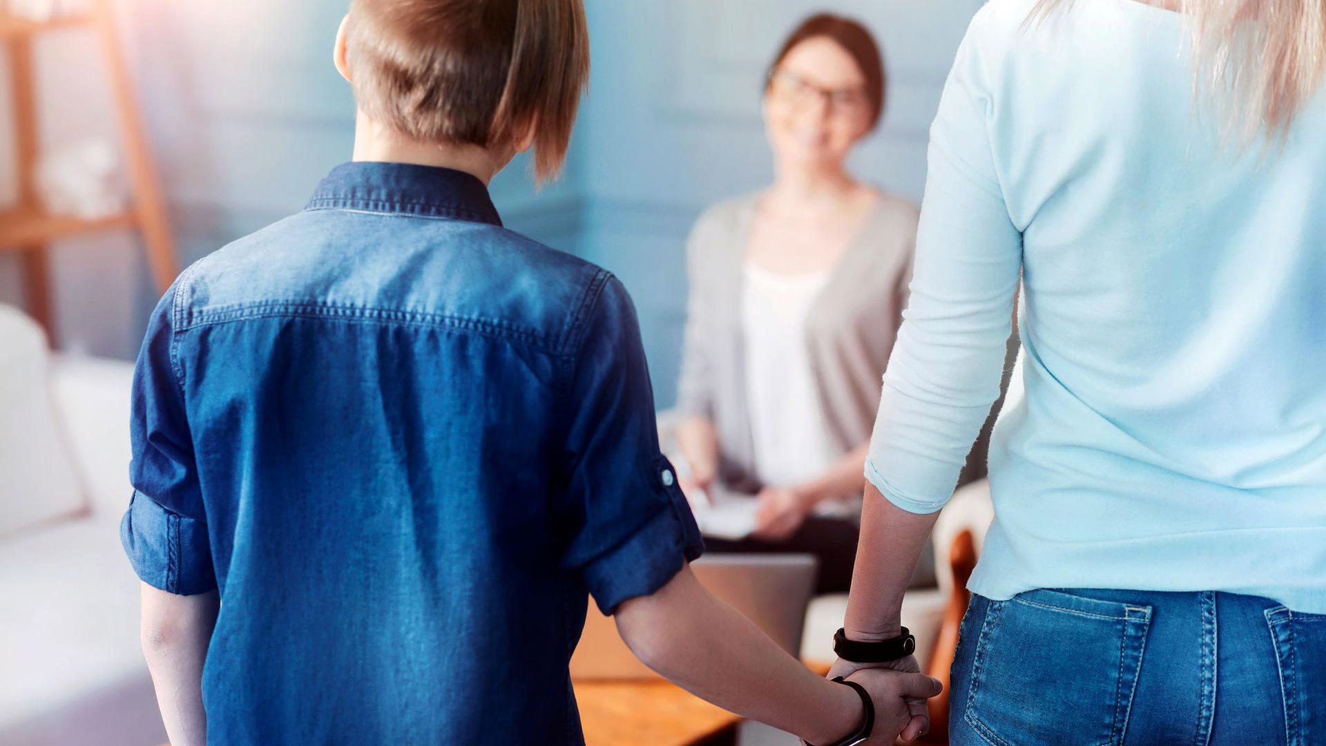 Yksikään lapsi ei ole itse valinnut sairastumistaan tai käytöshäiriötään – hoito on aikuisten yhteisellä vastuulla.