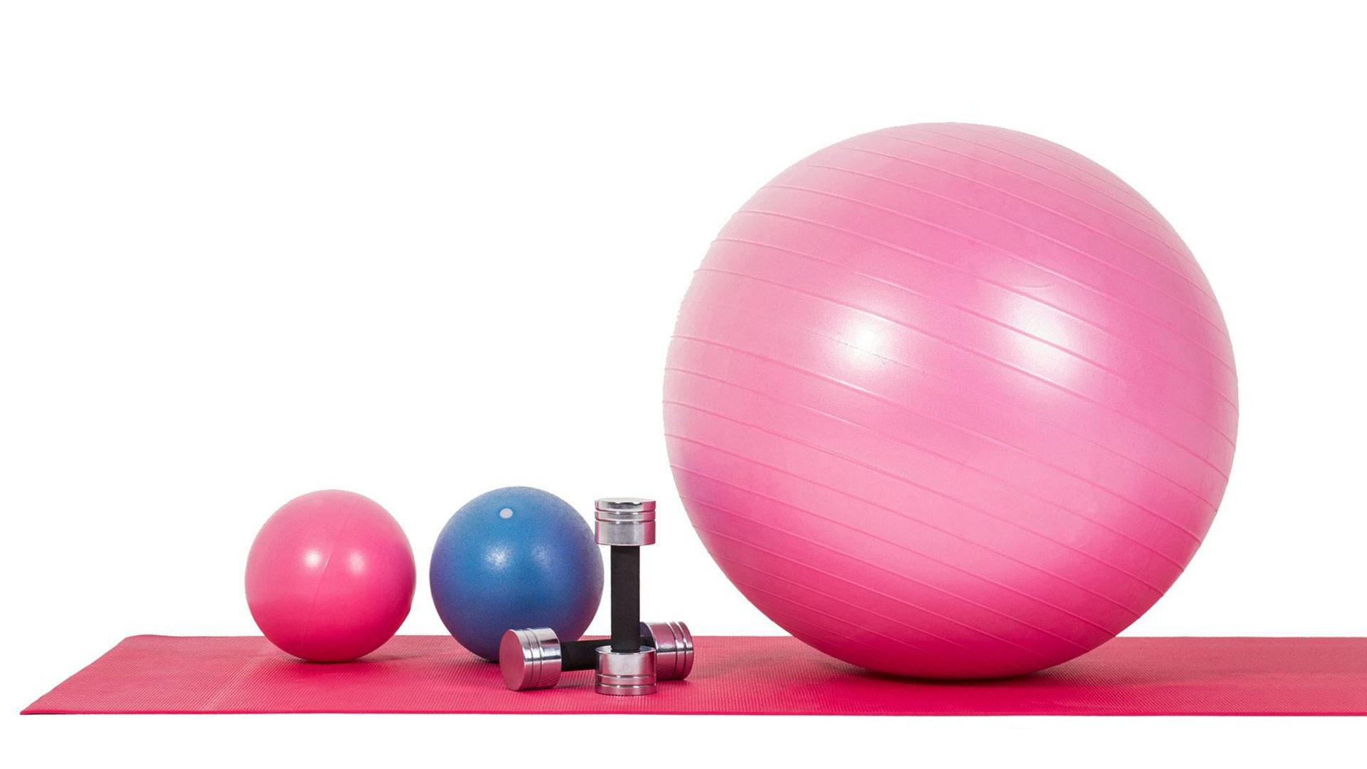 Katja Kero suosittelee virtsankarkailuun hoidoksi joogaa, pilatesta, vatsatanssia tai muuta liikuntaa, jossa lantionpohjan lihaksia voidaan harjoittaa tehokkaasti.