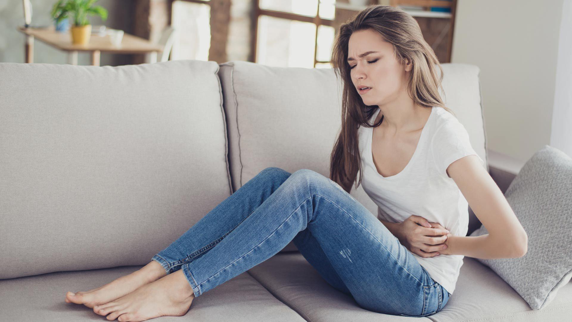 Kuumat ruoat voivat aiheuttaa kipua vatsassa.