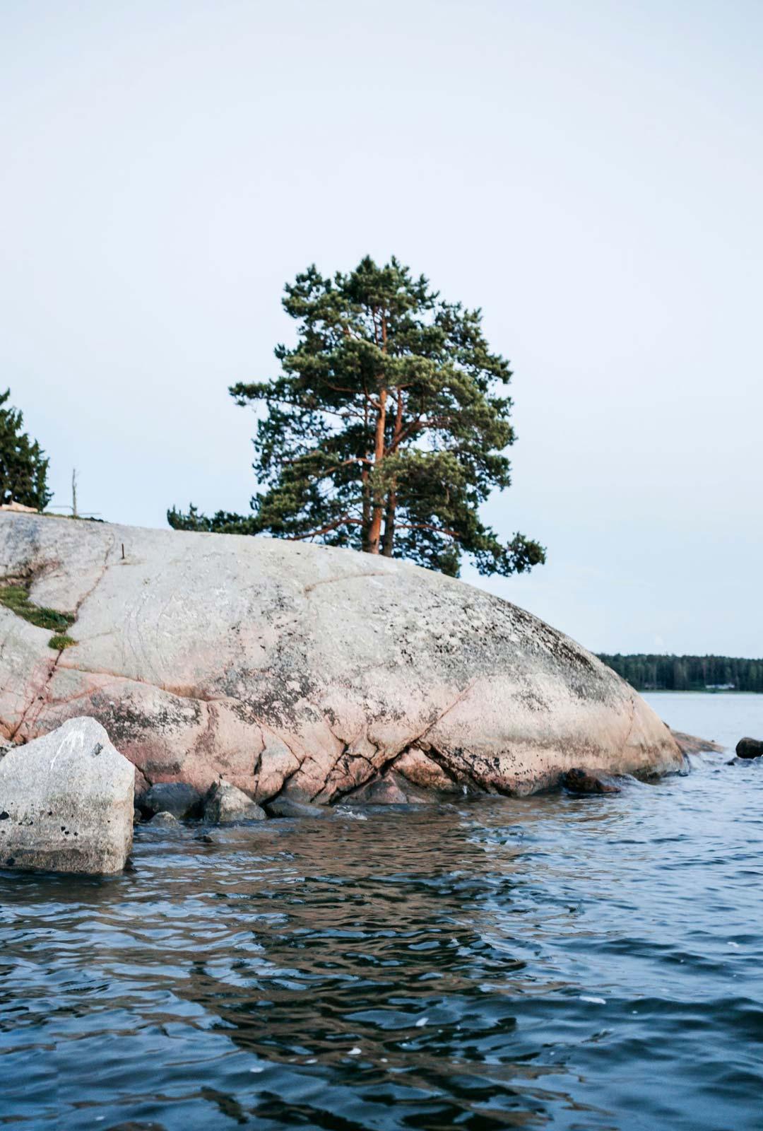 Loviisa tarjoaa kuvauksellisia näkymiä merelle.