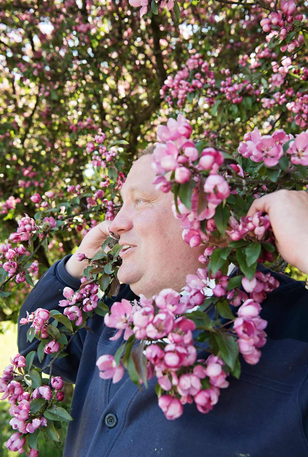 Kevään kukkein aika on Suomessa lyhyt – ja silloin siitä pitää nauttia!