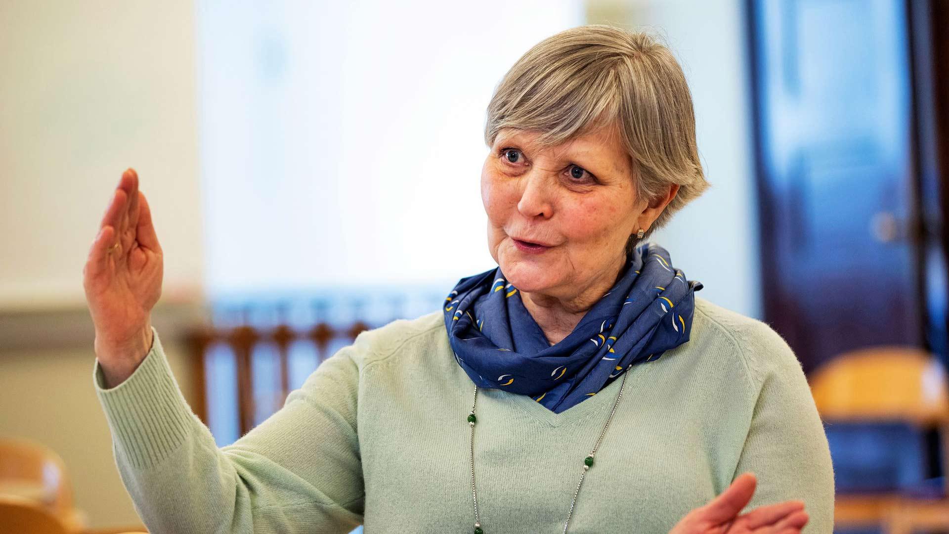Rehtori Heli Lindström on tehnyt koko työuransa Ruotsin koululaitoksessa ja nähnyt myös ruotsinsuomalaisten aseman muutoksen.