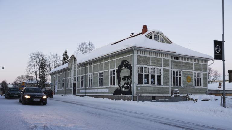 Kanttila on remontoitu yli 200-vuotisen historiansa aikana useita kertoja. Minna Canthin aikaan sen julkisivu oli rapattu.