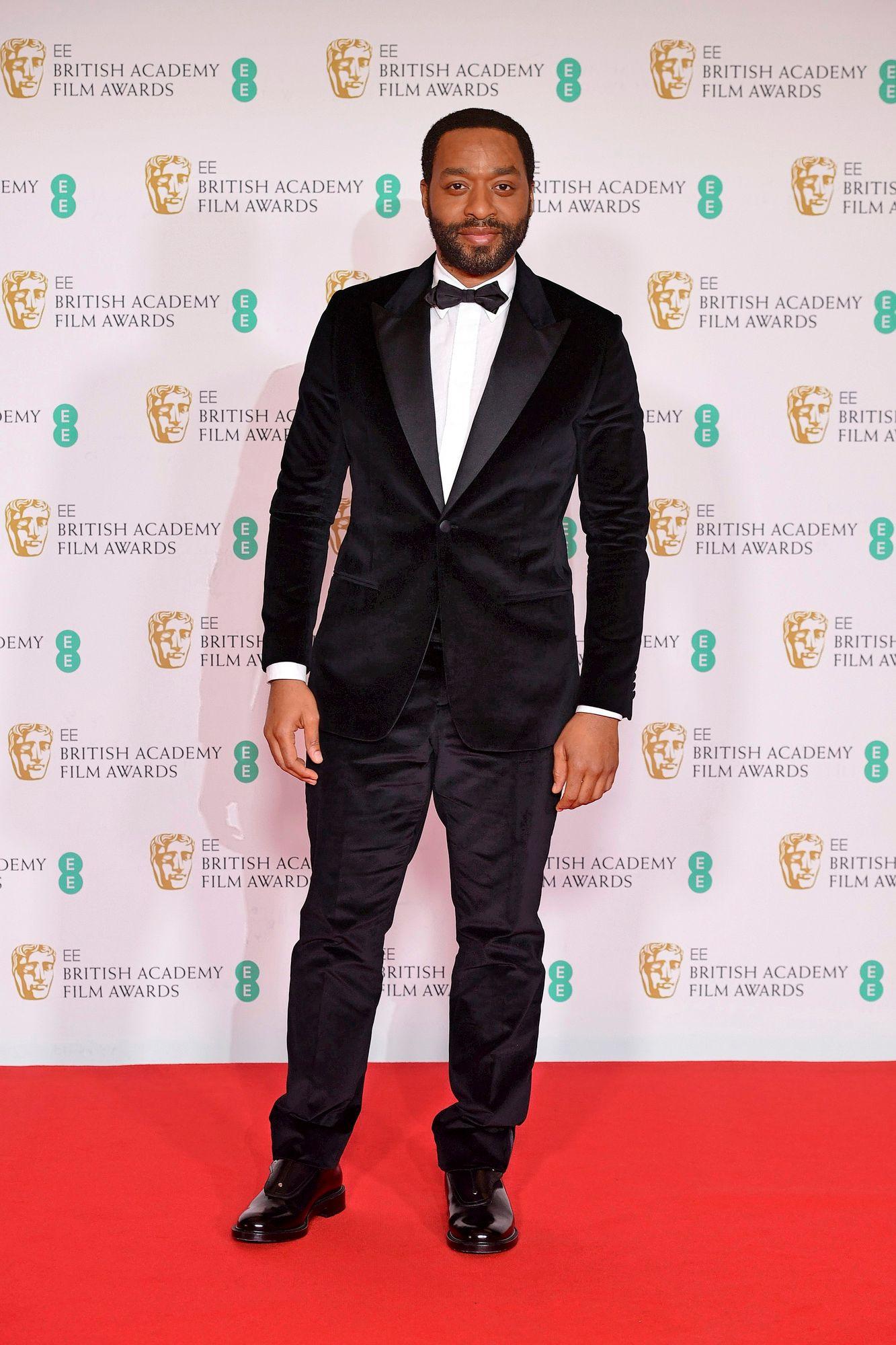 BAFTA-palkittu näyttelijä Chiwetel Ejiofor toimi tällä kertaa palkinnon jakajana. © Ian West/PA Images/MVPhotos