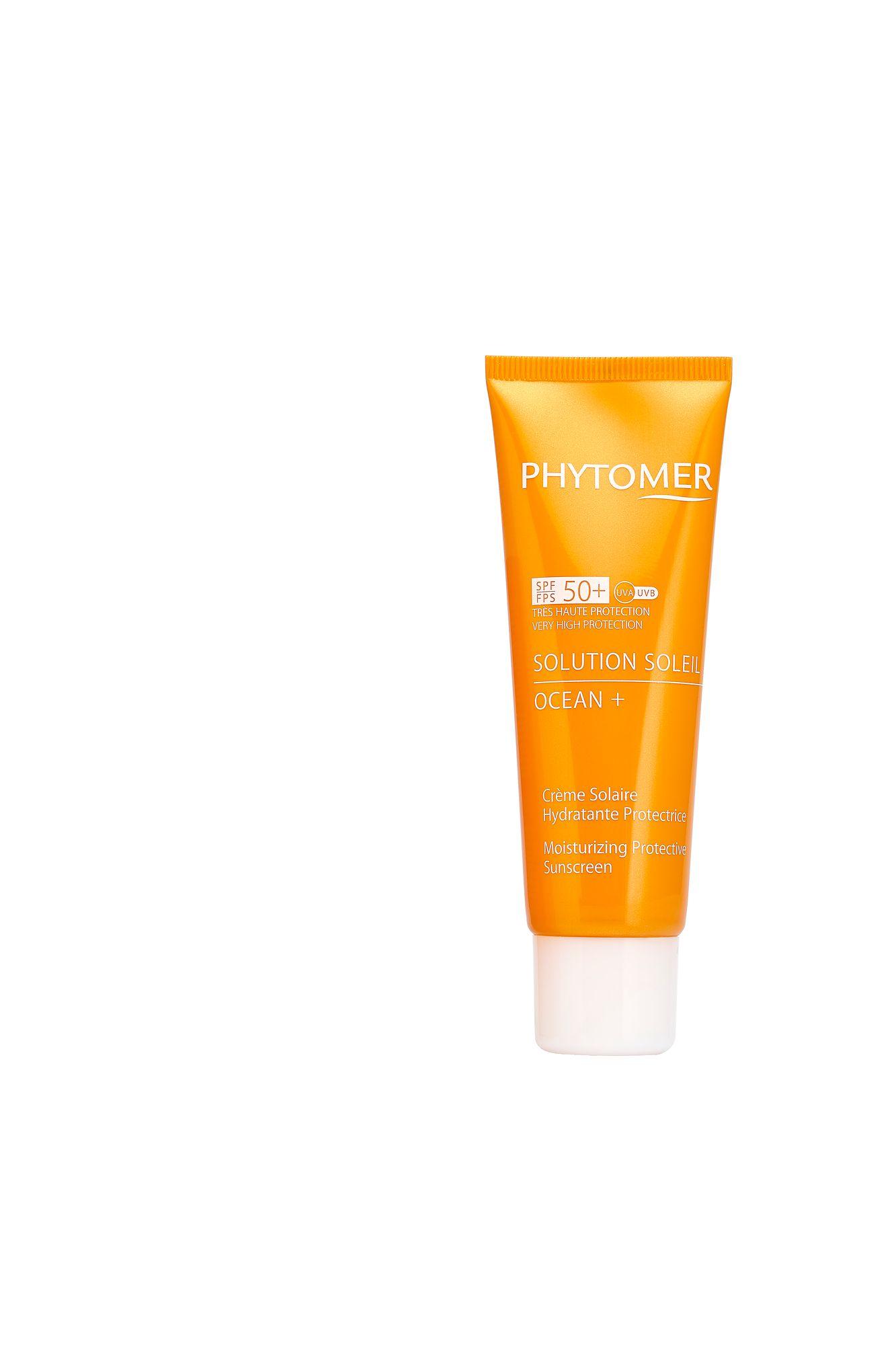 5. Kosteuttava aurinkovoide keskittyy ihon lisäksi suojaamaan myös meriä ja koralleja. Phytomer Solution Soleil Ocean+ Créme Solaire Protectrice Hydratant SPF50+. 44,50 €/50 ML.