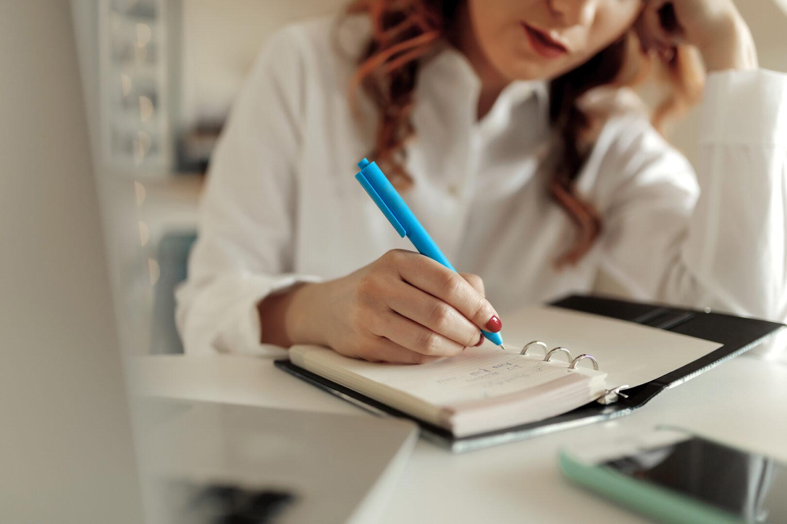 käsin kirjoittaminen