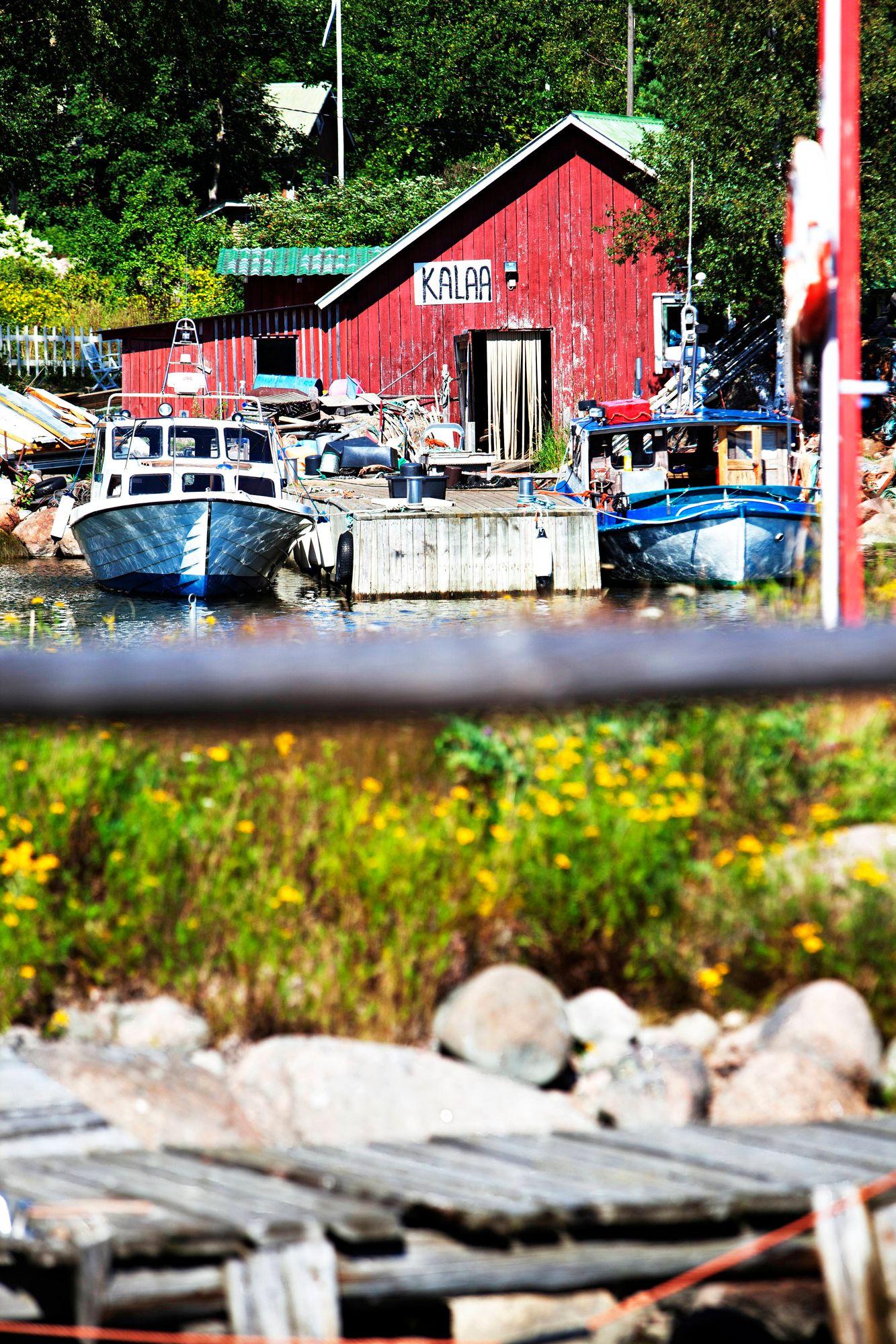 Kaunissaaressa on vanha ja suojeltu kalastajakylä. © Sampo Korhonen/Skoy