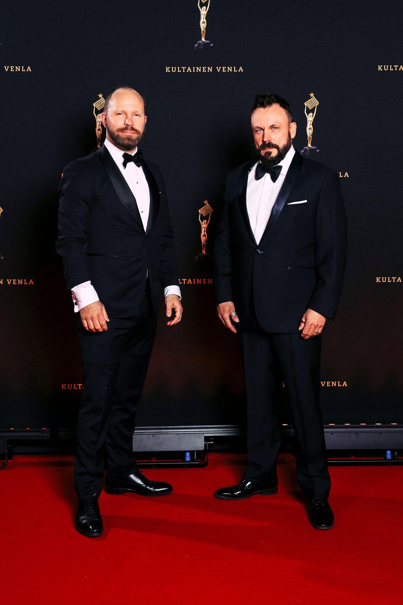"""Madventures -kaksikko Riku Rantala ja Tunna Milonoff ovat reissanneet kotimaassa Madventures Suomen toisen kauden takia. """"Tietynlainen ilmiö on ollut näkyvissä lähimatkailun nousussa ihan kansainvälisestikin."""" © Julius Konttinen"""